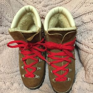 *EXCELLENT* USA UNION MADE GALLENKAMP HIKING BOOTS